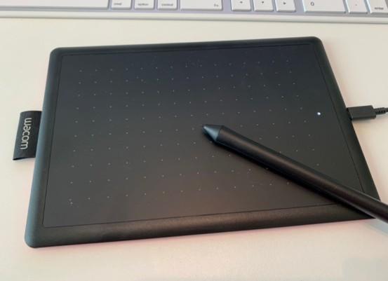 Wacom pen tablet in the classroom